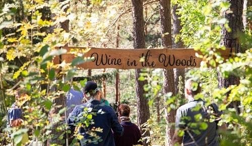 Wine in the Woods liikelahjaksi